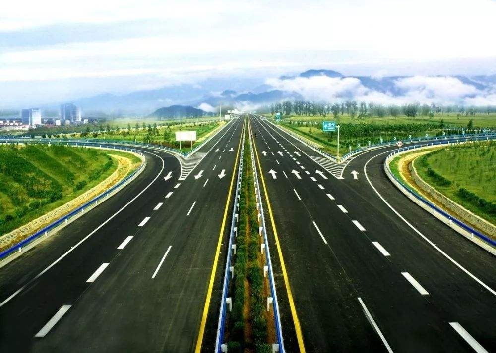 宁沪高速600377